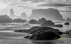 Bandon Beach in B&W (Eye of G Photography) Tags: usa oregon places pacificocean northamerica bandon rockformations skyclouds