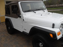 01Jeep_46k_front_right (Monaco Luxury) Tags: new 2001 se soft paint jeep 4x4 very top low clean miles wrangler