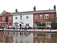 167 The Swan, Fradley Junction. (robertknight16) Tags: locals pubs