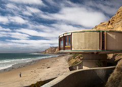 Bell Beach Pavilion (Chimay Bleue) Tags: california cliff house beach home modern clouds concrete james sam dale bell dr no modernism headquarters southern socal bond pavilion residence villain brutalism brutalist midcentury mcm naegle midmod