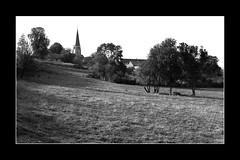 """Fontaine en Duesmois """"1985"""" (Christian Labeaune) Tags: en france dor bourgogne fontaine cocircte chacirctillonnais duesmoie christianlabeaune"""