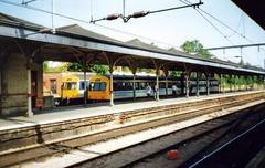 Norwich, 26th May 1992 (elkemasa) Tags: norwich 1992 dmu class101