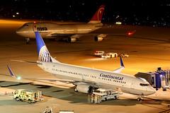 Continental Airlines | Boeing 737-800 | N14228 | Nagoya Chubu (Dennis HKG) Tags: plane canon airplane airport northwest aircraft continental 1d nagoya co boeing coa ngo 737 chubu centrair planespotting 737800 boeing737800 boeing737 rjgg n14228