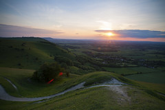 (drfugo) Tags: sunset summer england sky sun grass landscape sussex chalk path warmth hills flare canon5d rays antenna southdowns starburst devilsdyke fulking sigma28mmf18exdg fulkingescarpment