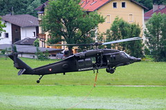 Black Hawk / Austrian Armed Forces ( Bundesheer) (Combat-Camera-Europe) Tags: austria tirol hall sterreich exercise military helicopter blackhawk exercises innsbruck heli hubschrauber sikorsky bung bundesheer austrianarmedforces helicoptre 6mbc 6mbd