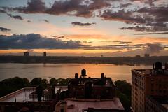 Hudson River Sunset (Joe Josephs: 2,650,890 views - thank you) Tags: nyc newyorkcity sunset sky skyline clouds landscape dusk manhattan nycmarathon skylines sunsets urbanlandscape outdoorphotography sunsetsnewyorknewyorkcity joejosephs joejosephsphotography