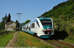 Strada Casale (Enrico Moreni) Tags: rail treno trenitalia automotrice minuetto marradi faentina aln501 fognano aln502 minuettodiesel stradacasale