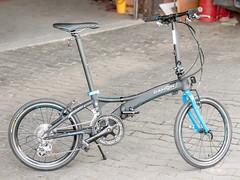P1110137 (daniel kuhne) Tags: bike fast panasonic compact foldingbike dahon klapprad visc faltrad lumixgf1 olympus45mmf18