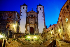 Cáceres - Iglesia de San Francisco Javier (Ventura Carmona) Tags: españa night spain unesco clear cáceres spanien extremadura supershot abigfave anawesomeshot iglesiadesanfranciscojavier venturacarmona coth5