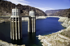 Drained (Irwin-Scott) Tags: mountains dam nevada reservoir lakemead drought generators hoover hydroelectric lowwaterlevel