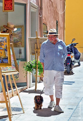 take the dog shopping (Keith.CA) Tags: light dog sun man france art colors architecture soleil nikon mediterranean riviera gallery couleurs galerie sttropez lumiere provence nikkor 1685mm d3100 galeriedelaponche