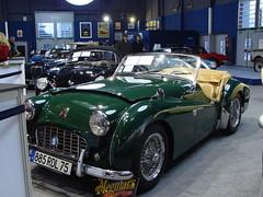Triumph TR3 1957 (tautaudu02) Tags: auto cars automobile triumph moto coches voitures 2012 tr3 rtromobile