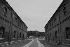 Maizuru Red Brick Warehouse Park (13) (double-h) Tags: monochrome warehouses maizuru  maizururedbrickwarehouse