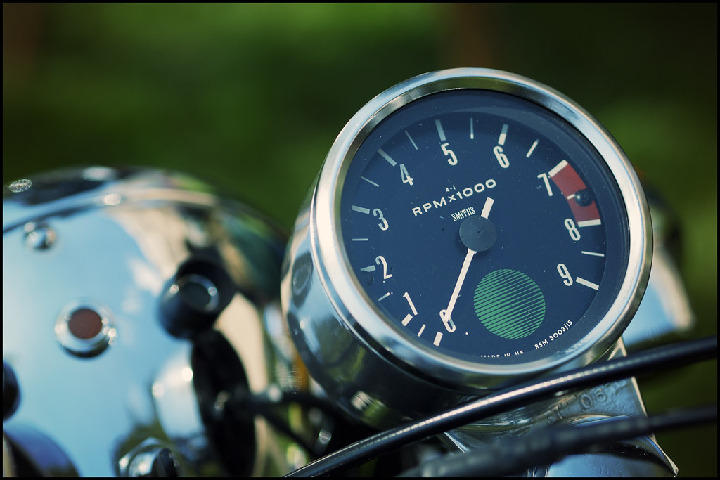 The World's Best Photos of smiths and tachometer - Flickr