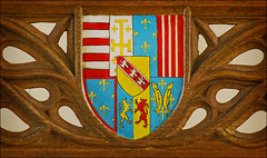 Coat of Arms from the Queen's Chair in the Great Hall, Stirling Castle (dun_deagh) Tags: castle scotland coatofarms stirling hightable greathall stirlingcastle jamesv maryofguise queenschair greathallstirlingcastle coatofarmsofmaryofguise