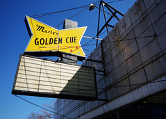 Marie's Golden Cue (k.james) Tags: chicago pool sign hustler maries pooltable poolhall vintagesign poolshark cuestick signpainting montroseave emptysign mariesgoldencue