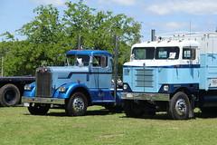 IMG_2832 (RyanP77) Tags: show california b white truck log model shiny trucker international chevy chrome r pete logger gmc peerless kw peterbilt ih kenworth cabover bullnose fruehauf