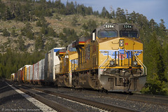Top of the hill (Patrick Dirden) Tags: california railroad mountains up northerncalifornia train diesel engine rail cargo unionpacific locomotive ge sierranevada freight generalelectric freighttrain nevadacounty sodasprings gevo unionpacificrailroad c45accte uprosevillesub sodaspringsca up5294