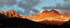 Alpenglow on the dolomites (Photo_Flow) Tags: sunset panorama alps clouds landscape sonnenuntergang alpen landschaft unescoworldheritage dolomites tiers alpenglow abendrot dolomiten 7dii