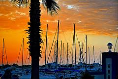 Puerto. Punta del Moral (Huelva) (Angela Garcia C) Tags: urbano urbanismo turismo embarcaciones farola infraestructura equipamiento nubes vegetacin puntadelmoral huelva hidrologa geografaurbana