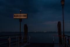 Bardolino 03 - Bardolino (ho4587@ymail.com) Tags: italien see wasser urlaub schild hafen lichter gardasee bardolino lzb tamronsp2470mmf28divcusd