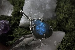 Labradorite (Sedna 90377) Tags: art moss wire crystal handmade crafts wrapped wrap jewelry pendant gemstones labradorite