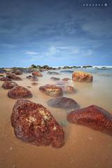Fade in time (SHAZRAL) Tags: longexposure seascape beach canon eos jpg terengganu kualaabang ef1740mmlusm leefilters 5dmarkii azralfikri shazral 09soft