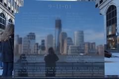 Freedom mirror (Pablo SUMMICRON) Tags: usa ny newyork nuevayork eeuu nyfromnj