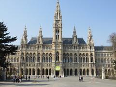 The Neues Rathaus in Vienna , Austria (Hazboy) Tags: vienna wien city building austria oostenrijk hall europa europe rathaus osterreich ausztria österrike rakousko австрия hazboy hazboy1 hazboyeuro
