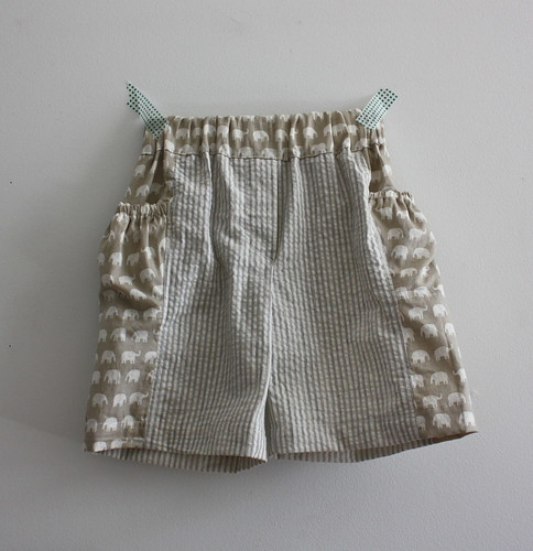 Treasure pocket shorts