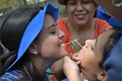 En familia (Chanquín) Tags: familia colegio escuela alegria felicidad juego palillo mondadientes