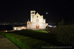 Basilica superiore di San Francesco by night (Stefano Ruggeri) Tags: italy church night italia basilica bynight chiesa assisi umbria sanfrancesco basilicasanfrancescodassisi piazzasuperioresanfrancesco nottudno