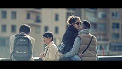 20/53  Couples (Orione59) Tags: street people urban canon photography florence bokeh candid streetphotography tuscany amore ef135mmf20 5dmarkii 5dmk2 orione1959 52weekofstreet
