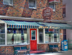Dixie Eatery (podolux) Tags: door restaurant md nikon doors maryland reddoor nikkor 2008 18200 photomatix tonemapped tonemap d80 nikkor18200 bestshotoftheday smithsburg august2008 photomatixformac