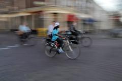 Radfahrer morgens in Delft/NL
