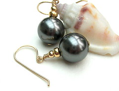 Cinereal (Beguiled By The Bead) Tags: jewellery pearl earrings lampwork sterlingsilver goldfilled