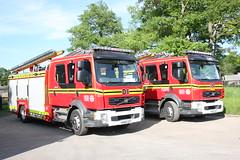 Industrial Fire, Andover (Hampshire Fire Service) Tags: fire hampshire andover fireengine alp fireservice mrv fireappliance harewoodforest bedmaxlongparishandover