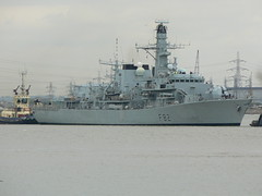 HMS Somerset F82 @ Gallions Reach 07-09-09 (ajbc2) Tags: london frigate riverthames gallionsreach royalnavy f82 hmssomerset