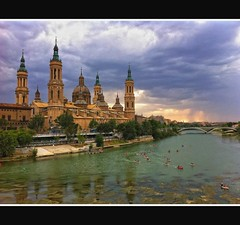 EL PILAR DE ZARAGOZA (Va Iphone4-Horizontal) (Sigurd66) Tags: espaa pilar spain europa europe catholic cathedral basilica catedral zaragoza aragon ebro espagne templo saragossa barroco catlico saragosse elpilar saragozza rioebro horamagica riverebro horaazul ourladyofthepilar
