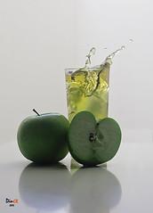 apple juice2 (dandooon2010) Tags: apple juice sony splash alpha  a55