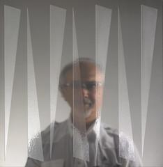 Vincenzo Pellitta (artista) (UBU ) Tags: blues ritratto pittore phaseoneh25 bluacciaio ubu unamusicaintesta luciombreepiccolicristalli galleristaacciaioinox