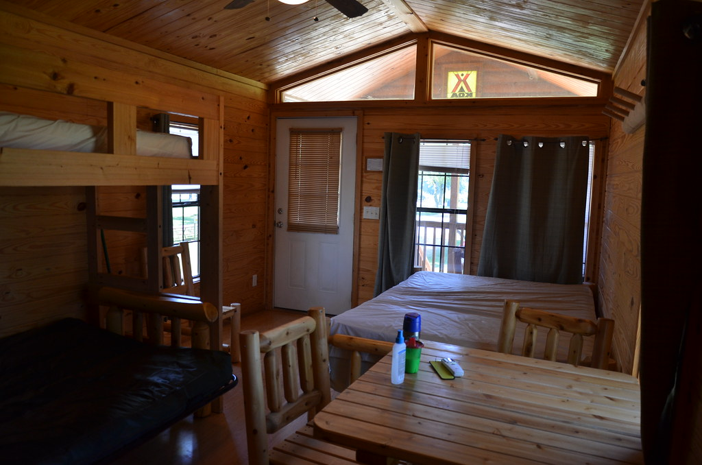 Starved Rock KOA Camping Cabin (Michael Kappel) Tags: Camping Camp Illinois  Cabin Lodging