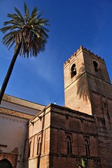 Sevilla, Minaret / Antiguos Minaretes (HDR) (José Rambaud) Tags: blue sky tower church azul sevilla torre minaret iglesia andalucia cielo gotico mudejar santacatalina oldmosque