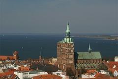 spring views in Stralsund (Christopher DunstanBurgh - on holidays!) Tags: balticsea ostsee stralsund vorpommern hanse hansestadt mecklenburgvorpommern stnikolaikirche
