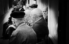 Sei personaggi in cerca d'autore...[Explore n.30 - 17/05/2016] (encantadissima) Tags: reunion agrigento circolo anziani campobellodilicata momentidivitaquotidiana