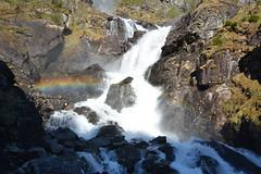 Fiordos Noruegos (jbazaco) Tags: mountain water norway arcoiris waterfall rainbow agua noruega montaa cascada