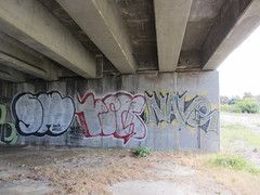 SWERV / PILS / NAVE (Same $hit Different Day) Tags: graffiti bay south nave amc pils atb naver oms ofa wkt swerv