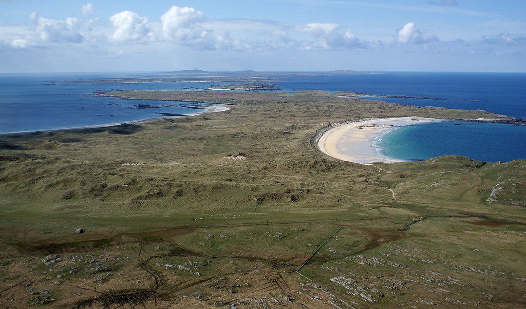 Unmistakable Hebridean beaches, downwind to land at Coll with Tiree in the distance