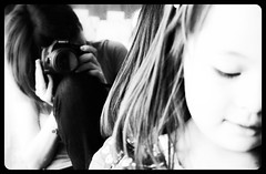 I take pictures all the time-8 (susivinh) Tags: portrait blackandwhite bw reflection blancoynegro monochrome canon mom monocromo retrato mommy daughter mam bn mum portraiture madre hija reflajo