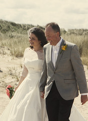 (~ Helen ~) Tags: beach bride storybookvintage coffeeshopaction elementsorganizer justinlisaswedding